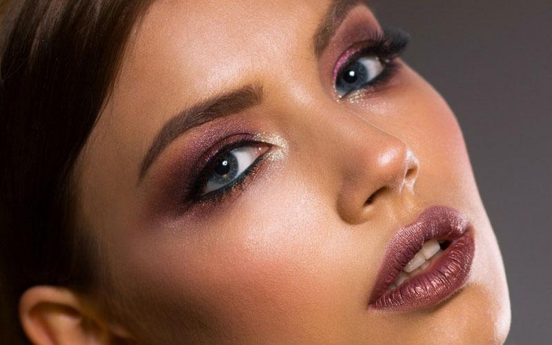 Enredadas Live 13 – Técnicas de maquillaje: contouring y strobing